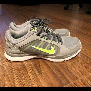 Nike training runner size 7